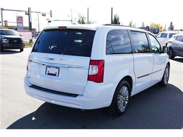 used 2015 chrysler town country v 6 cy touring l edmonton. Black Bedroom Furniture Sets. Home Design Ideas