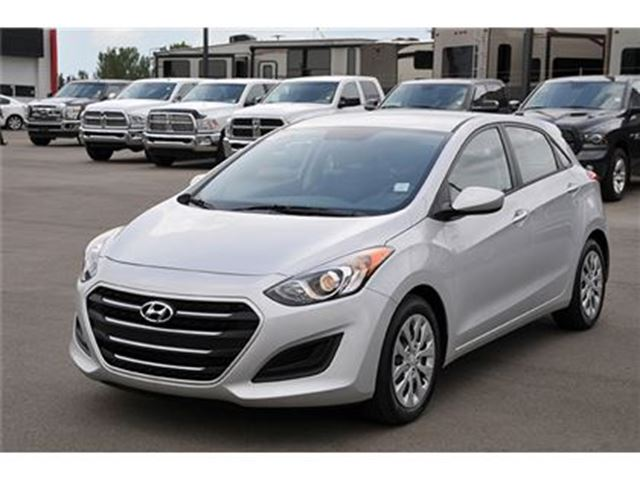 2016 hyundai elantra gls edmonton alberta used car for sale 2671205. Black Bedroom Furniture Sets. Home Design Ideas