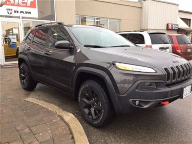 2016 jeep cherokee trailhawk 4x4 milton ontario used. Black Bedroom Furniture Sets. Home Design Ideas