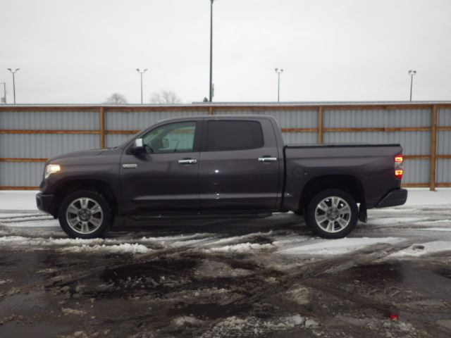 2014 toyota tundra crew max cab grey haldimand motors. Black Bedroom Furniture Sets. Home Design Ideas