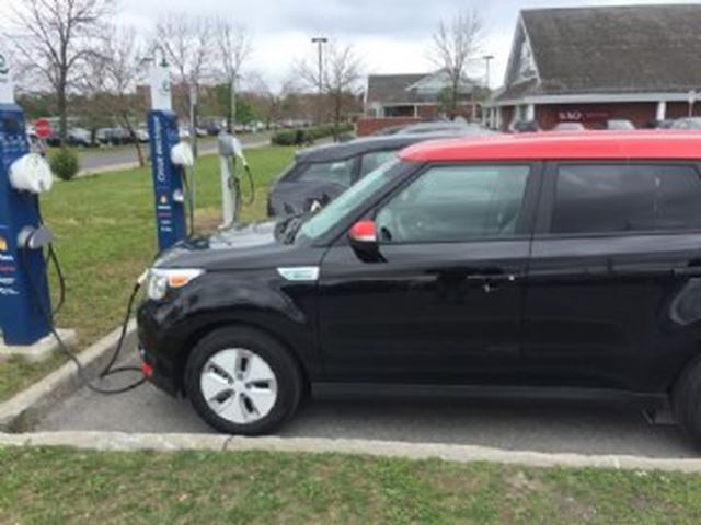 Ev Charger Black Friday >> 2016 Kia Soul EV 5dr Wgn Luxury 100% Electric Black | LEASE BUSTERS | MuskokaRegion.com