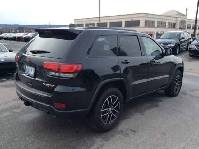 2017 jeep grand cherokee trailhawk milton ontario used car for sale 2673146. Black Bedroom Furniture Sets. Home Design Ideas