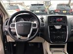 2015 Chrysler Town and Country Touring-L LEATHER STO N GO POWER DOORS in St Catharines, Ontario image 17