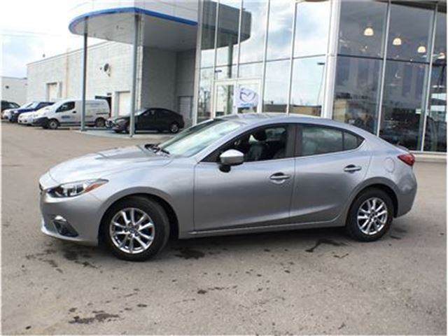 2014 mazda mazda3 gs sky mississauga ontario car for sale 2675038. Black Bedroom Furniture Sets. Home Design Ideas