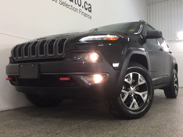 2016 jeep cherokee trailhawk 4x4 selec terrain panoroof. Black Bedroom Furniture Sets. Home Design Ideas