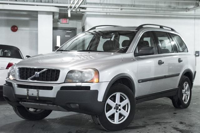 2004 volvo xc90 2 5t vaughan ontario used car for sale. Black Bedroom Furniture Sets. Home Design Ideas