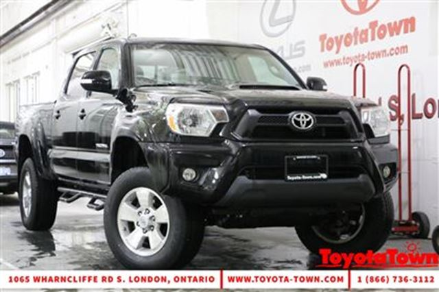 2014 toyota tacoma 4x4 v6 double cab trd sport london ontario used car for sale 2675429. Black Bedroom Furniture Sets. Home Design Ideas