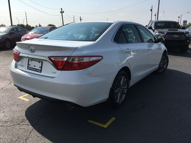 2017 toyota camry brampton ontario used car for sale 2675957. Black Bedroom Furniture Sets. Home Design Ideas
