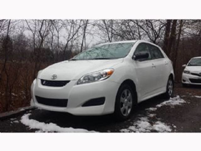 2013 Toyota Matrix with Lease Protection and Remote Starter in Mississauga, Ontario