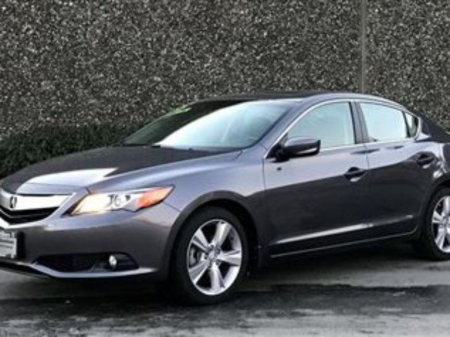 2015 ACURA ILX Tech at in North Vancouver, British Columbia