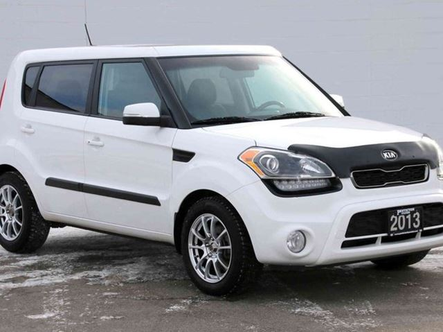 2013 kia soul 2 0l 4u 4dr hatchback kelowna british. Black Bedroom Furniture Sets. Home Design Ideas