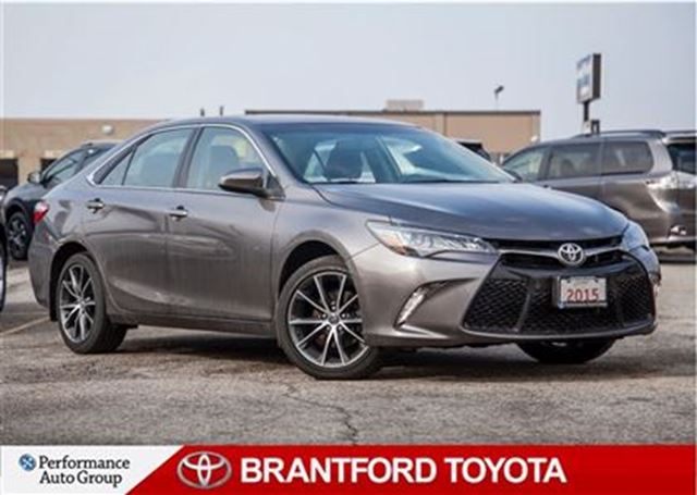 2015 toyota camry xse v6 v6 carproof clean off lease safety brantford ontario used. Black Bedroom Furniture Sets. Home Design Ideas