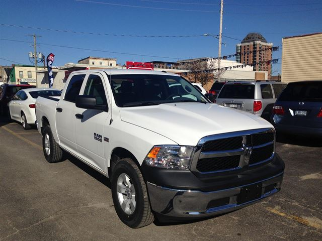 2017 dodge ram 1500 st brockville ontario used car for sale 2677681. Black Bedroom Furniture Sets. Home Design Ideas