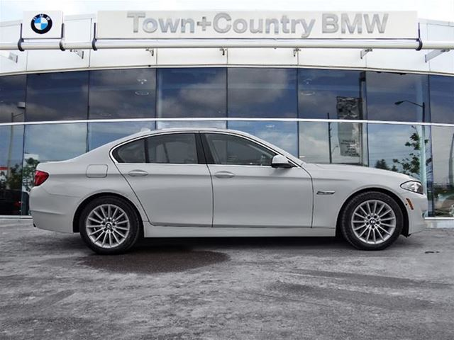 2013 bmw 5 series xdrive markham ontario used car for sale 2677647. Black Bedroom Furniture Sets. Home Design Ideas