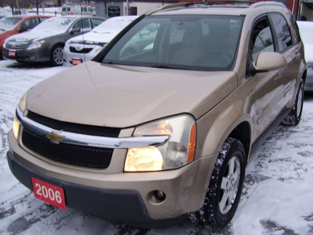 2006 chevrolet equinox lt kitchener ontario used car for sale 2677791. Black Bedroom Furniture Sets. Home Design Ideas
