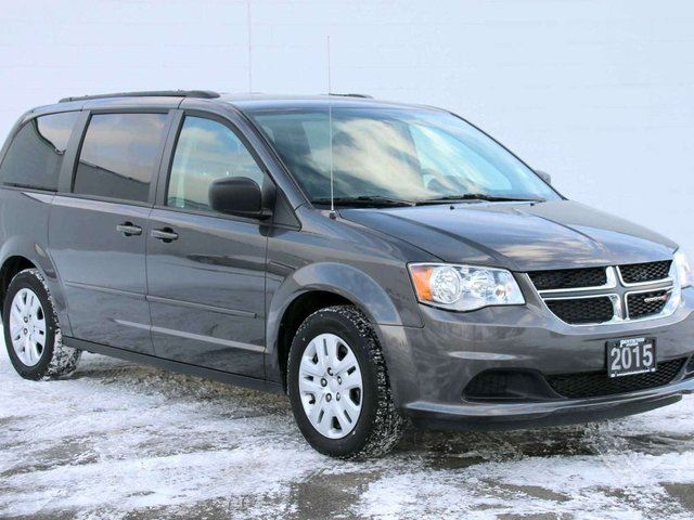 2015 dodge grand caravan se sxt kelowna british columbia used car for sale 2678494. Black Bedroom Furniture Sets. Home Design Ideas