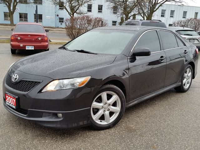 2007 toyota camry se cambridge ontario used car for sale 2679091. Black Bedroom Furniture Sets. Home Design Ideas