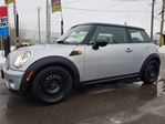 2009 MINI Cooper Classic, 6 SPEED MANUAL, BLUETOOTH, PANORAMIC SUNROOF, 97 KMS  in Ottawa, Ontario