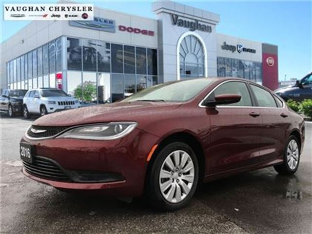 2016 chrysler 200 1 owner lx 4cyl 1022 kms. Black Bedroom Furniture Sets. Home Design Ideas