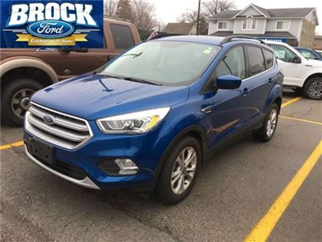 2017 ford escape se former service loaner low kms blue. Black Bedroom Furniture Sets. Home Design Ideas