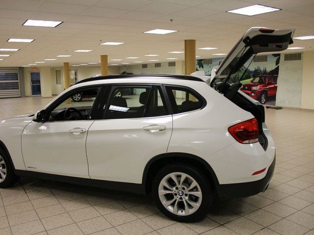 2013 bmw x1 xdrive28i calgary alberta used car for sale 2680307. Black Bedroom Furniture Sets. Home Design Ideas