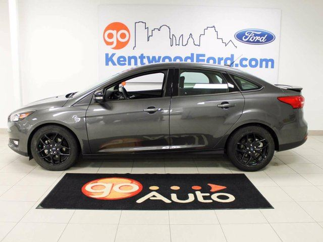 2016 ford focus slay in gray focus with a back up camera. Black Bedroom Furniture Sets. Home Design Ideas