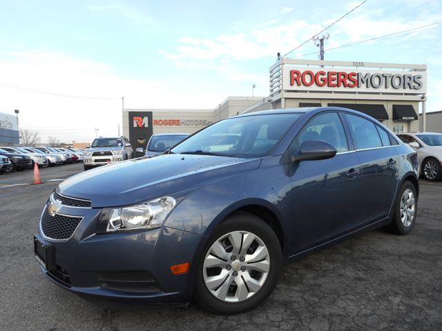 2014 chevrolet cruze 1lt 6spd bluetooth blue rogers. Black Bedroom Furniture Sets. Home Design Ideas