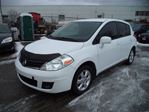 2011 Nissan Versa SL CERTIFIED / E-TESTED in Newmarket, Ontario