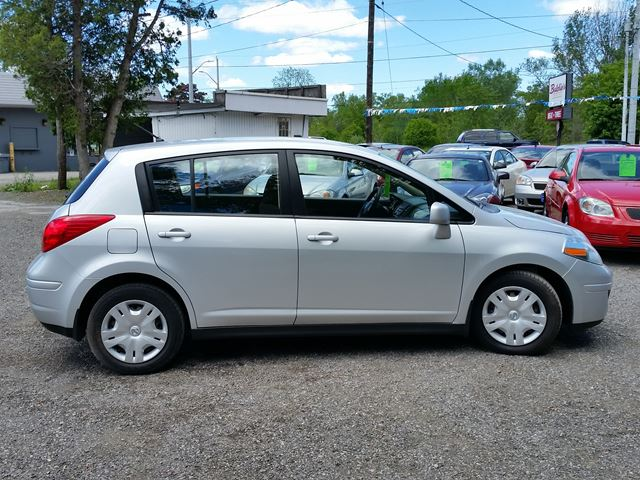 2012 nissan versa 1 8 s silver for 6995 in whitby. Black Bedroom Furniture Sets. Home Design Ideas