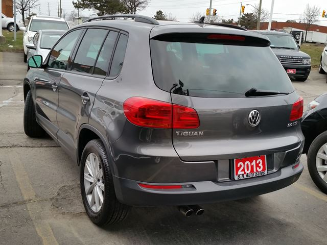 2013 volkswagen tiguan trendline sunroof leather dark grey in brampton. Black Bedroom Furniture Sets. Home Design Ideas