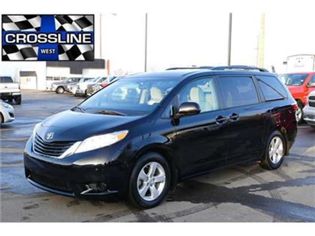 2016 toyota sienna le 8 passenger hot buy edmonton. Black Bedroom Furniture Sets. Home Design Ideas