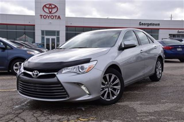 2017 toyota camry xle company demo new car programs georgetown ontario used car for sale. Black Bedroom Furniture Sets. Home Design Ideas