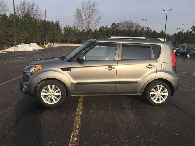 2013 kia soul 2u cayuga ontario used car for sale 2682554. Black Bedroom Furniture Sets. Home Design Ideas