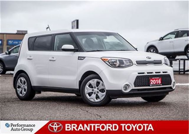 2016 kia soul lx automatic carproof clean safety and e tested brantford ontario used car. Black Bedroom Furniture Sets. Home Design Ideas