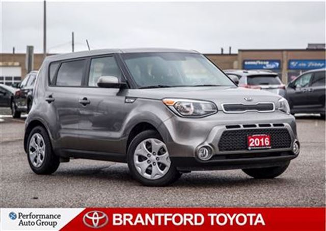 2016 kia soul lx carproof clean safety and e tested brantford ontario used car for sale. Black Bedroom Furniture Sets. Home Design Ideas