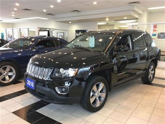 2016 jeep compass high altitude 164 b w hst 0 down 96m 4 9 black downsview chrysler. Black Bedroom Furniture Sets. Home Design Ideas