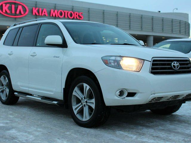2010 toyota highlander v6 sport edmonton alberta used car for sale 2683651. Black Bedroom Furniture Sets. Home Design Ideas