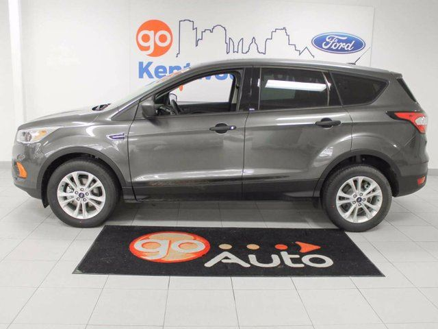 used 2017 ford escape practically new with reverse. Black Bedroom Furniture Sets. Home Design Ideas