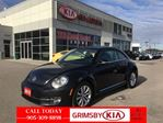 2015 Volkswagen New Beetle  Comfortline LOOK AT THAT MILEAGE!!!! in Grimsby, Ontario