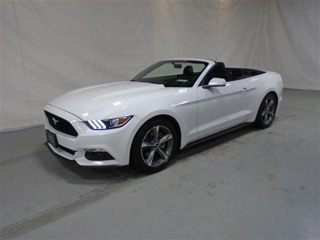 2016 ford mustang v6 convertible mascouche quebec used car for sale 2683391. Black Bedroom Furniture Sets. Home Design Ideas