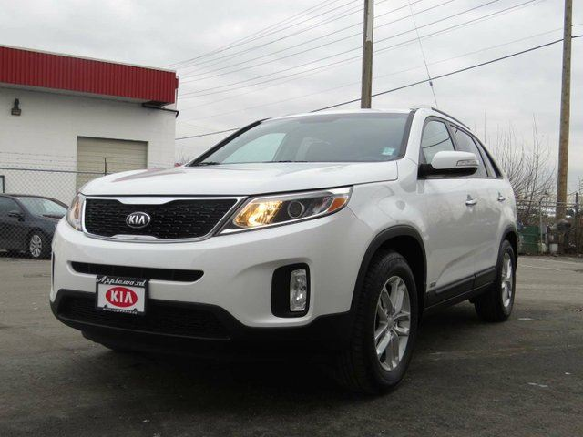 2014 kia sorento lx langley british columbia used car for sale 2683747. Black Bedroom Furniture Sets. Home Design Ideas