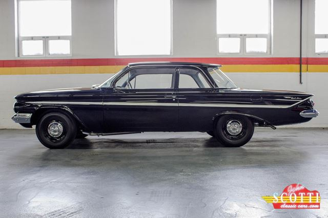 1961 Chevrolet Bel Air 409 in Montreal, Quebec