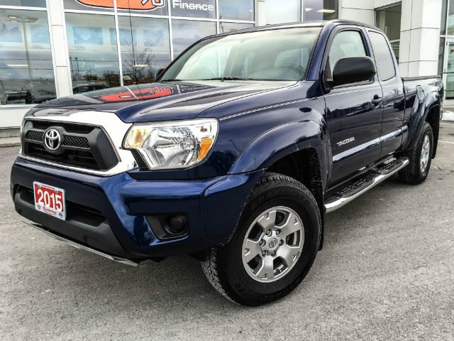 2015 toyota tacoma access cab access cab v6 4x4 sr5 cobourg ontario used car for sale 2684242. Black Bedroom Furniture Sets. Home Design Ideas