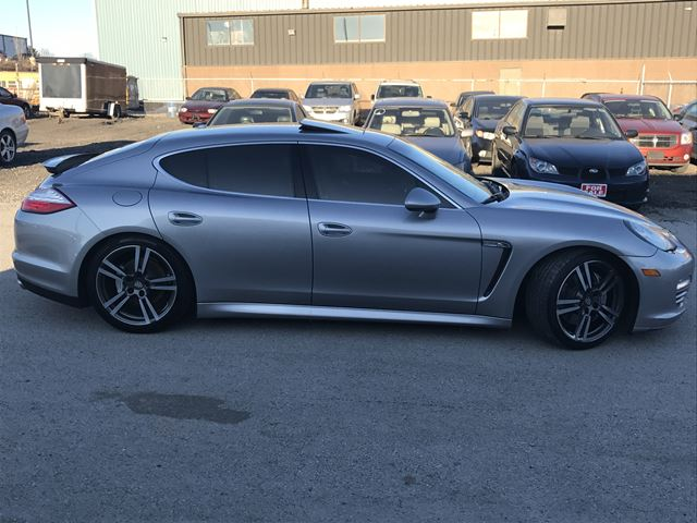 2012 porsche panamera 4s burlington ontario car for sale 2685004. Black Bedroom Furniture Sets. Home Design Ideas