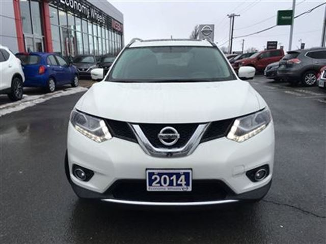 2014 nissan rogue sl lindsay ontario used car for sale 2684716. Black Bedroom Furniture Sets. Home Design Ideas