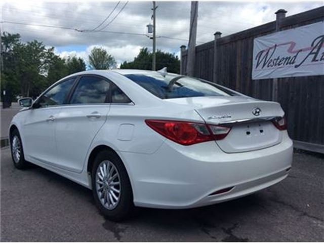 2013 hyundai sonata gl ottawa ontario used car for sale 2684876. Black Bedroom Furniture Sets. Home Design Ideas