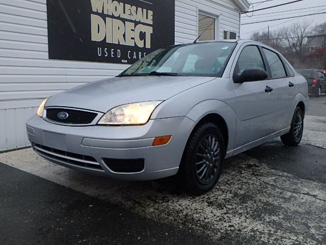 2005 ford focus sedan se zx4 2 0 l silver o 39 regan 39 s. Black Bedroom Furniture Sets. Home Design Ideas