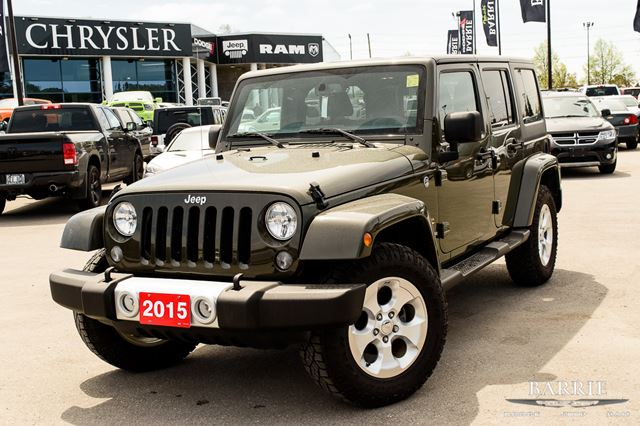 2015 jeep wrangler unlimited sahara barrie ontario used car for sale 2684824. Black Bedroom Furniture Sets. Home Design Ideas