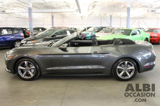 2016 ford mustang v6 convertible mascouche quebec used car for sale 2685055. Black Bedroom Furniture Sets. Home Design Ideas