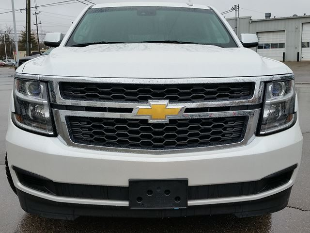 2016 chevrolet suburban lt 4x4 caledonia ontario used. Black Bedroom Furniture Sets. Home Design Ideas
